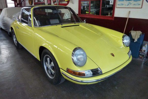 Porsche-911-2.4-T-Targa-32