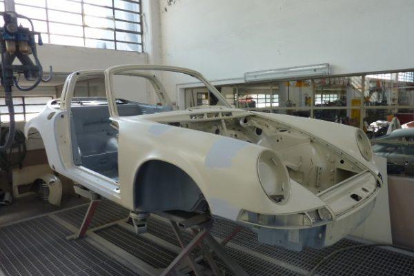 Porsche-911-2.4-T-Targa-4
