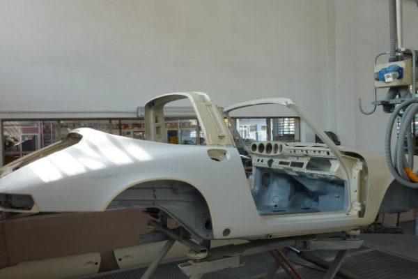 Porsche-911-2.4-T-Targa-5