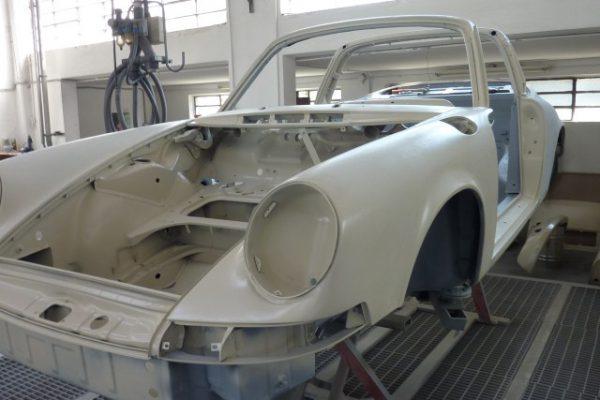 Porsche-911-2.4-T-Targa-6
