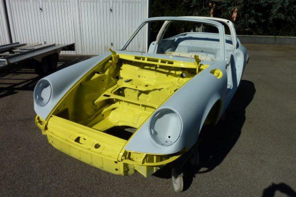 Porsche-911-2.4-T-Targa-7