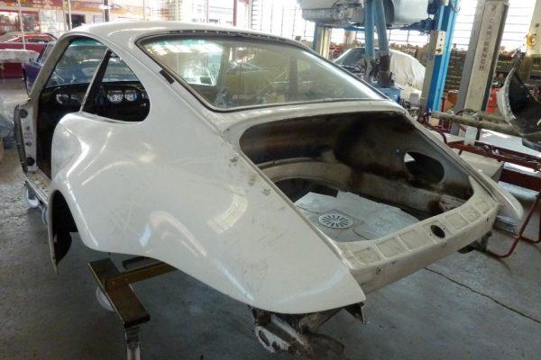Porsche-Turbo-3.0-1975-10