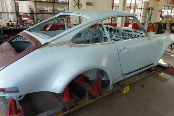 Porsche-Turbo-3.0-1975-28