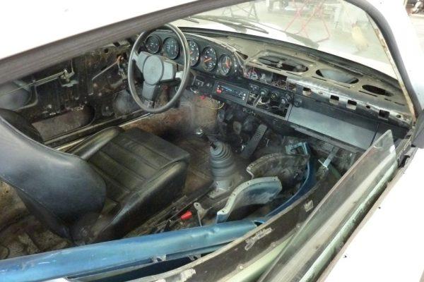 Porsche-Turbo-3.0-1975-5