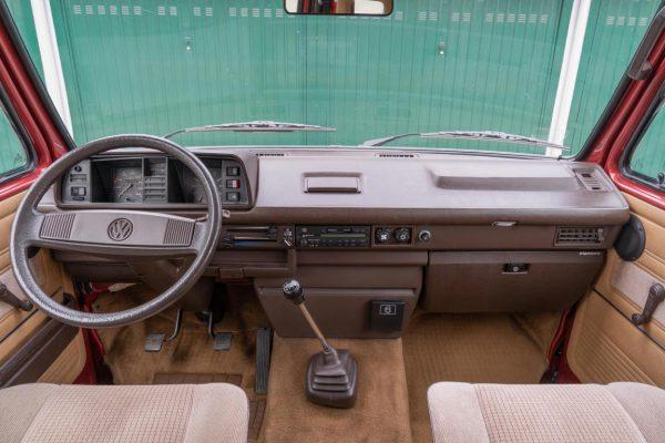 Volkswagen T3 Caravelle_1992_Cdg (49)